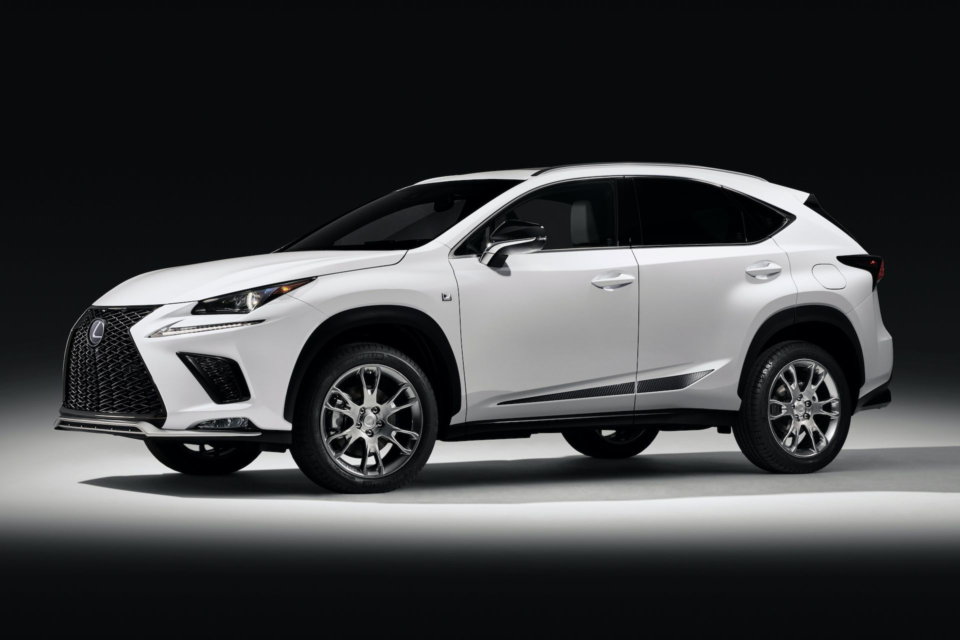 2020 Lexus Hybrid Suv Review Charging Range Performance In 2020 Lexus Suv Lexus Lineup Lexus Cars
