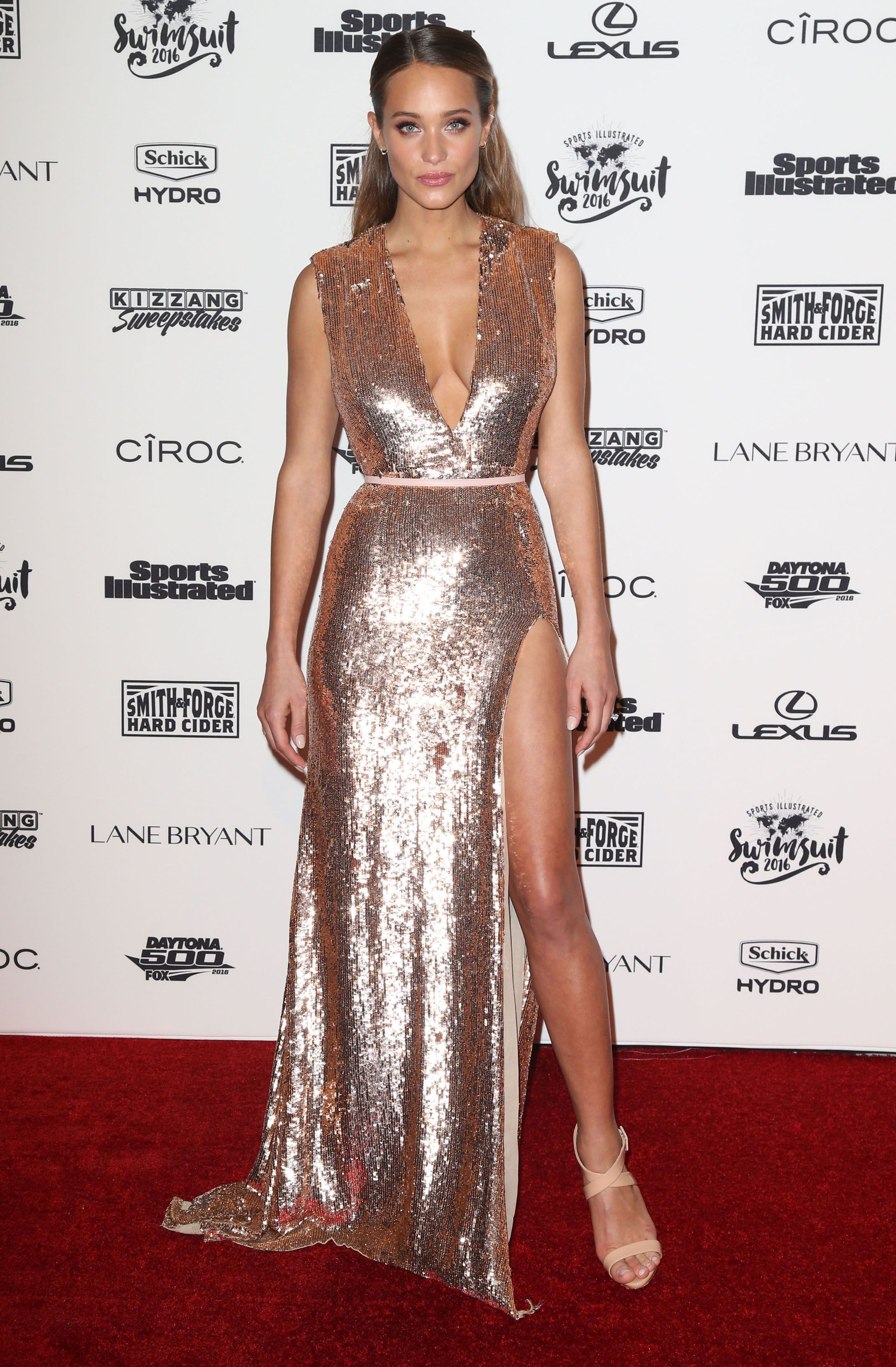 2f539c00cd98 Hannah Jeter in a sequined gown  hannahjeter  golddress