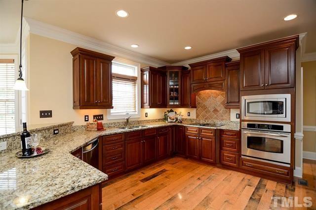 Gorgeous Kitchen http://triangle.paragonrels.com/publink/default.aspx?GUID=41e6c2f0-8672-4754-9a5d-b94f58b899d1&Report=Yes