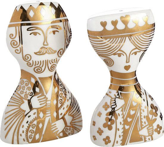 King and Queen Salt & Pepper Shakers Set (Set of 4)