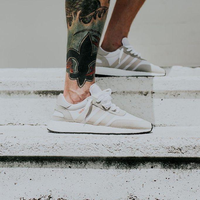 Adidas Originals Iniki Runner: blanco Pinterest / gris perla zapatos Pinterest blanco c1f645