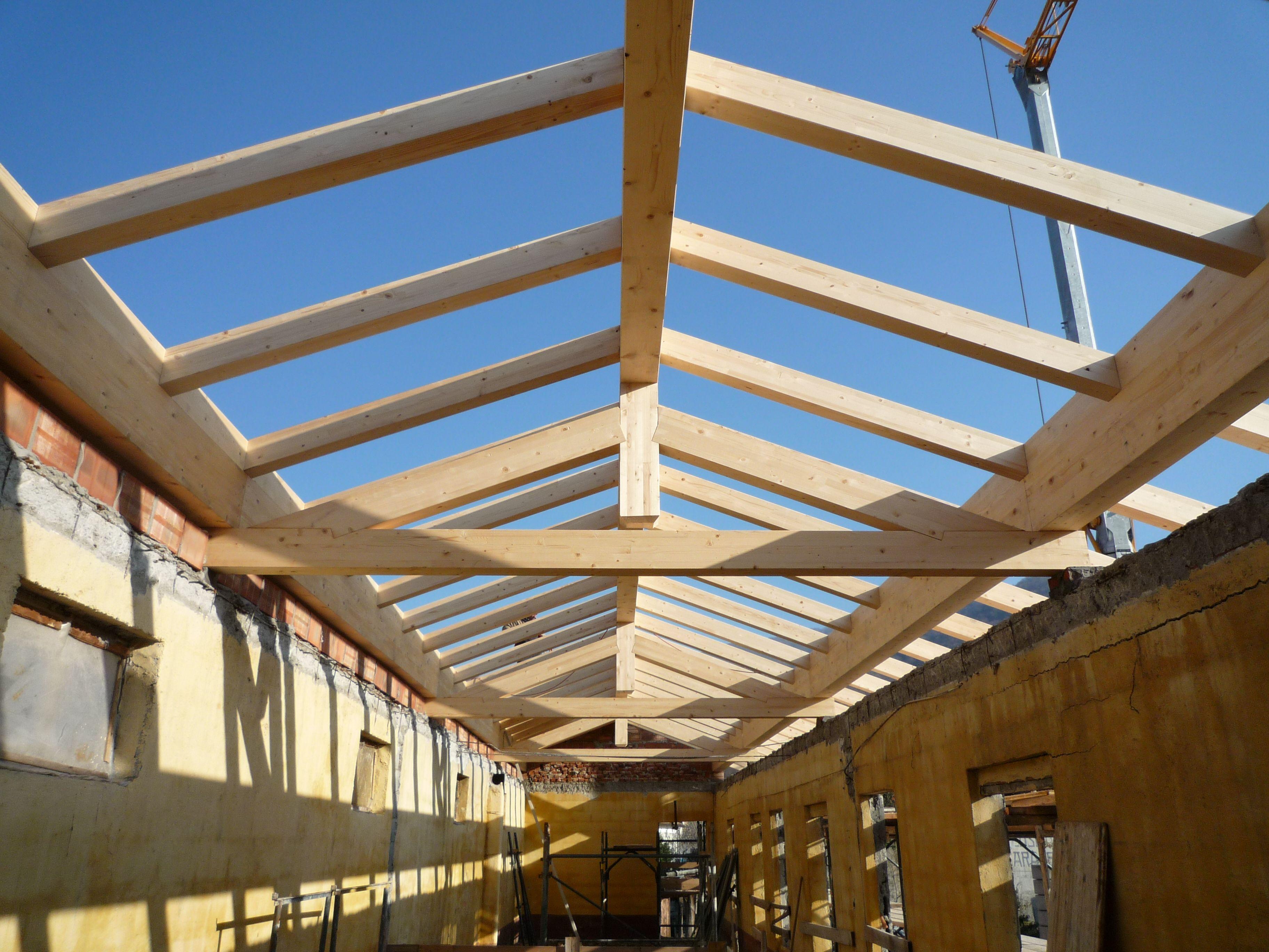 Posa di struttura pretagliata in Legno Lamellare #tetto #posa tetto ...