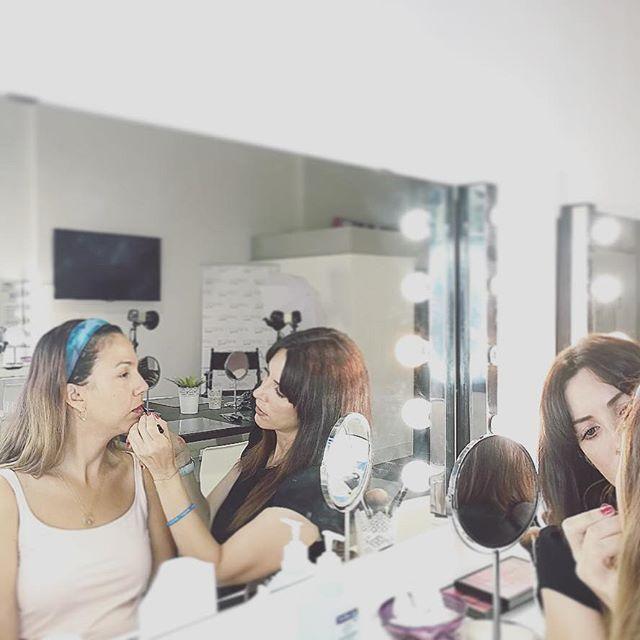 Blog de maquillaje y belleza v deos cursos for Curso de diseno de interiores gratis