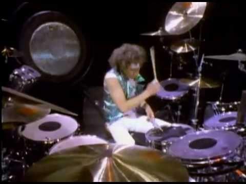 Van Halen Jump Music Video Youtube Videos Music Hard Rock Songs Music Albums