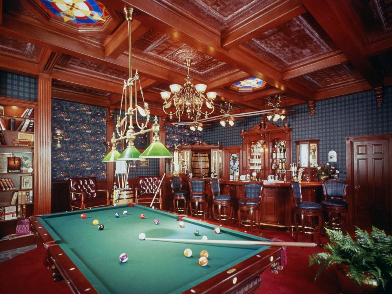 Creating the most comfortable game room design interior - Small video game room ideas ...