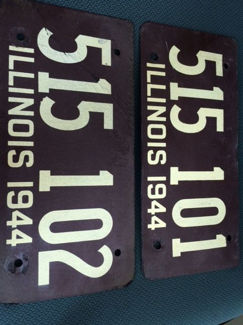 Antique Composite/Cardboard 1944 Illinois License Plate Set Great Condition One Number Difference & Antique Composite/Cardboard 1944 Illinois License Plate Set Great ...