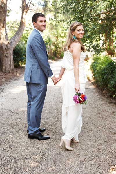 Katie Nolan Wedding.A Beautfiul Wife Captured With Her Husband By Katie Nolan Fashion