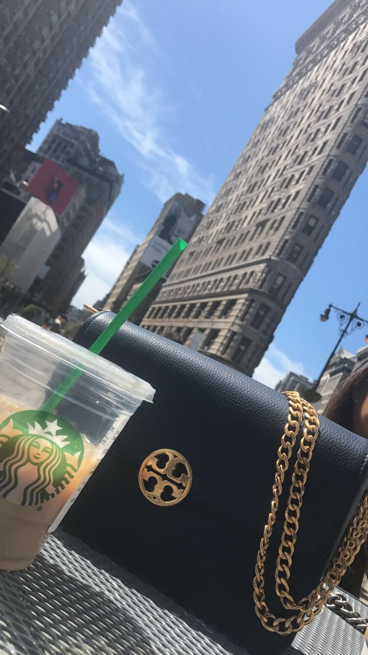 df37544b9dee One of my favorite Tory handbags! This Chelsea shoulder bag goes with  anything and everything. It even goes with my coffee!  Views  NYC  ToryBurch
