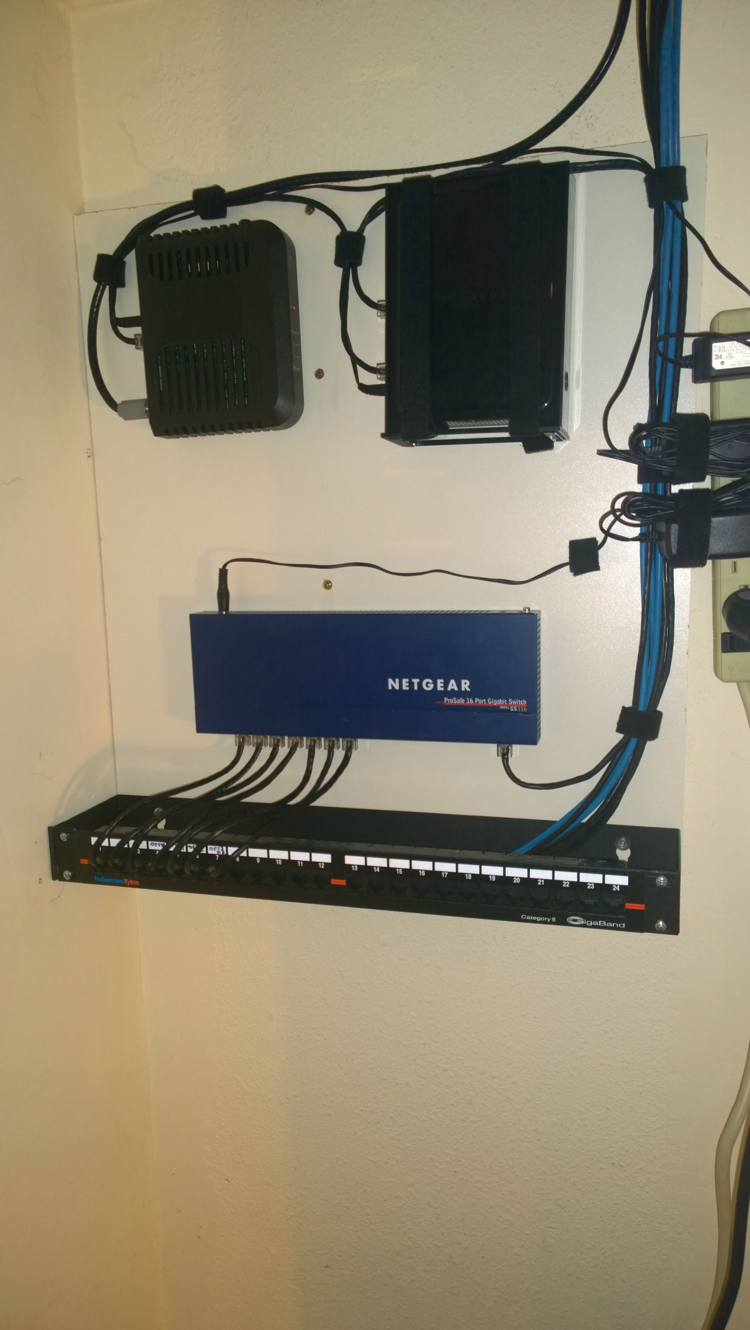 The Most Awesome Images On The Internet Cable Management