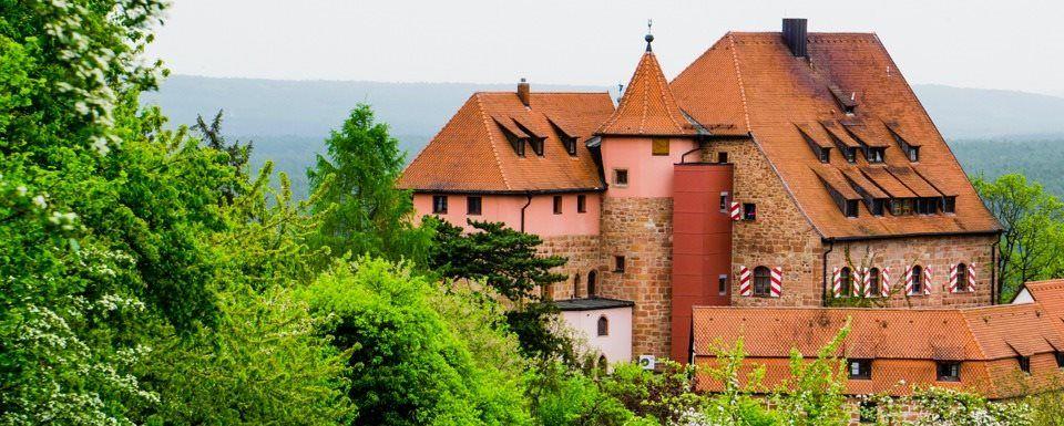 Djh Jugendherberge Burg Wernfels Bayern Herberge Burg Burgen Und Schlosser