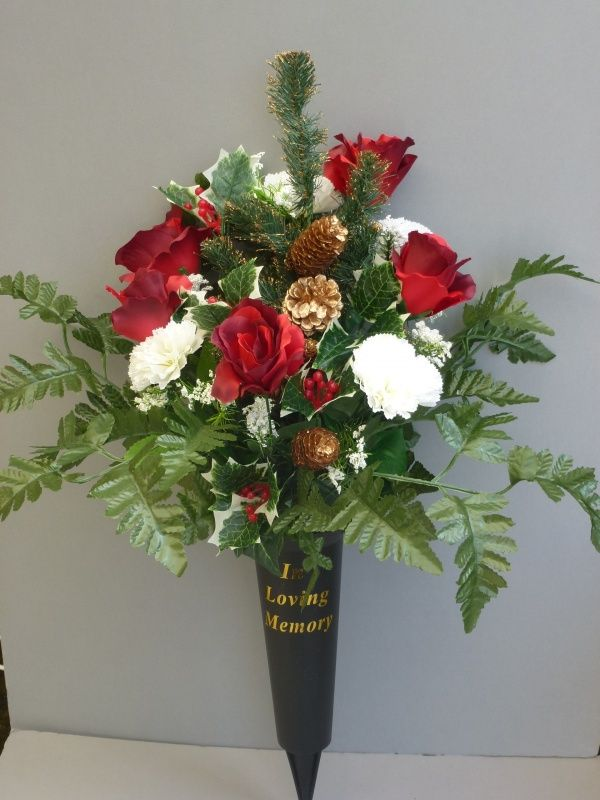 Christmas Spike Vase With Red Roses White Carnations Grave