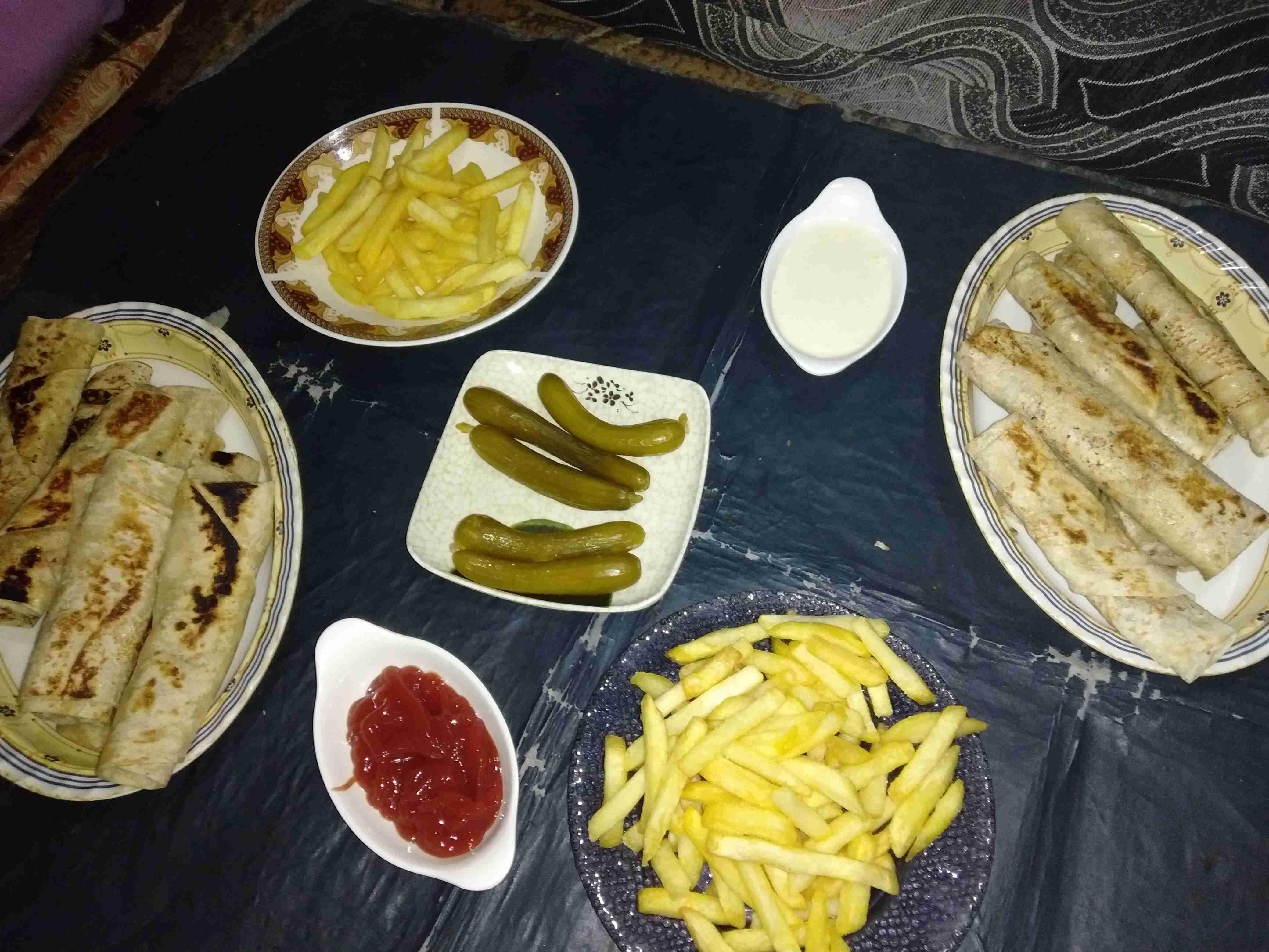 شاورما بيتي زاكي Recipe Food Main Dishes Dishes