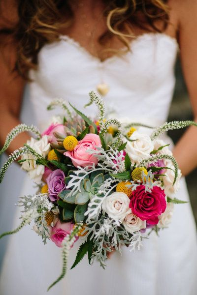 Love this bouquet. Photography by STUDIO 128 / STUDIO1208.com