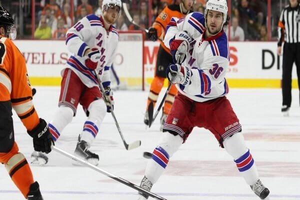 online sports betting hockey line