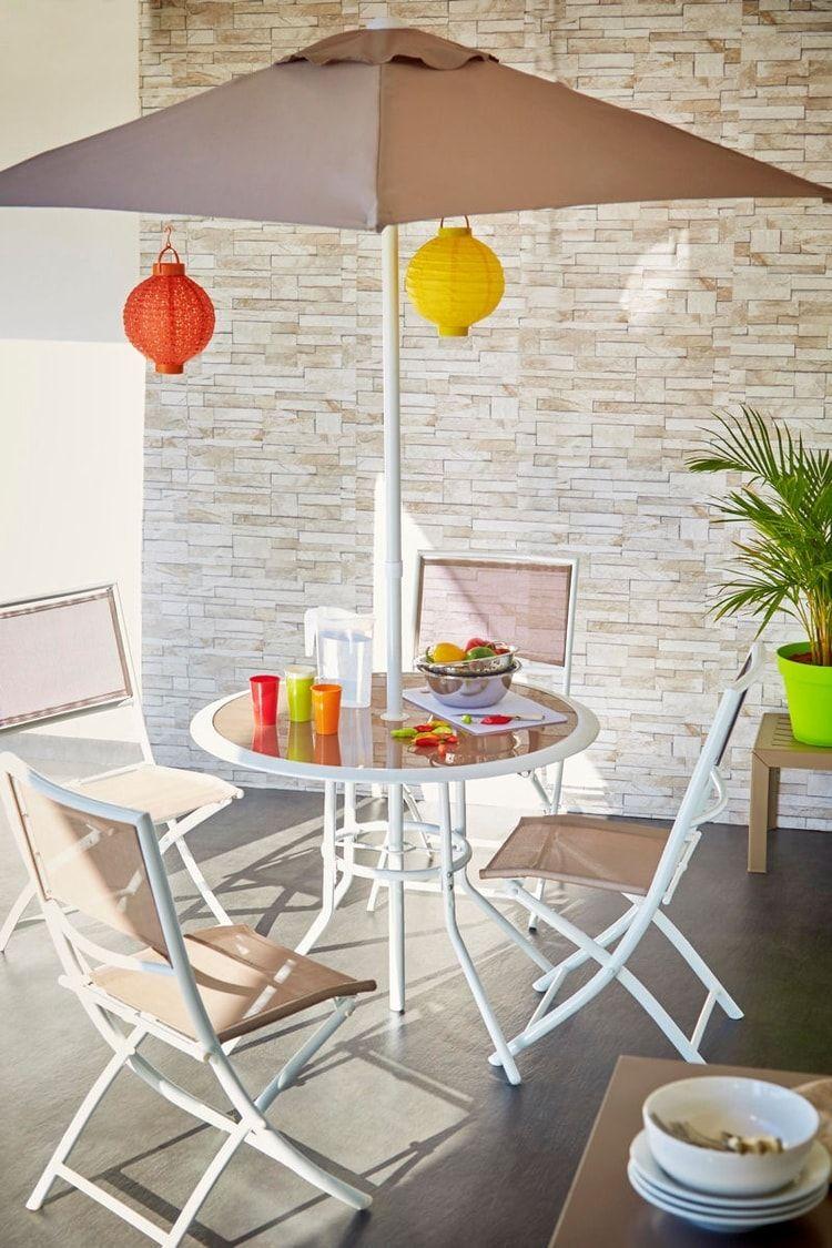 Un parasol intégré à la table de jardin | Terrasse | Table ...