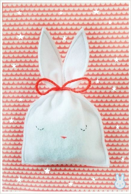 Casa de Retalhos: Sacolinhas para os ovinhos de Páscoa ♥ Bunny candy bags
