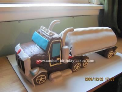 Coolest Semi Trailer Truck Cake Semi trailer truck Chocolate roll