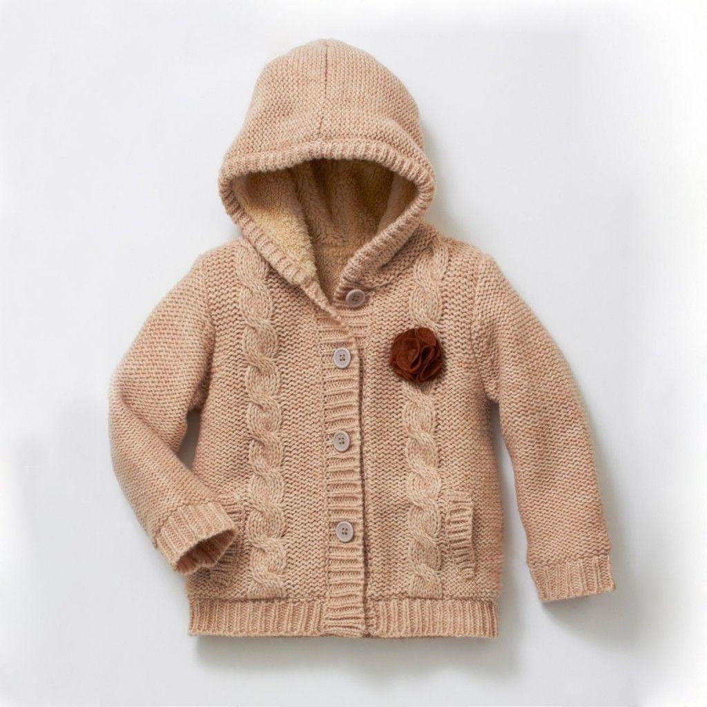 modele de gilet a capuche a tricoter