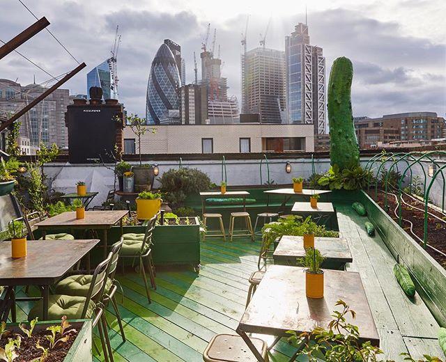 30 Platz Roof Garden Bar London City Mobel