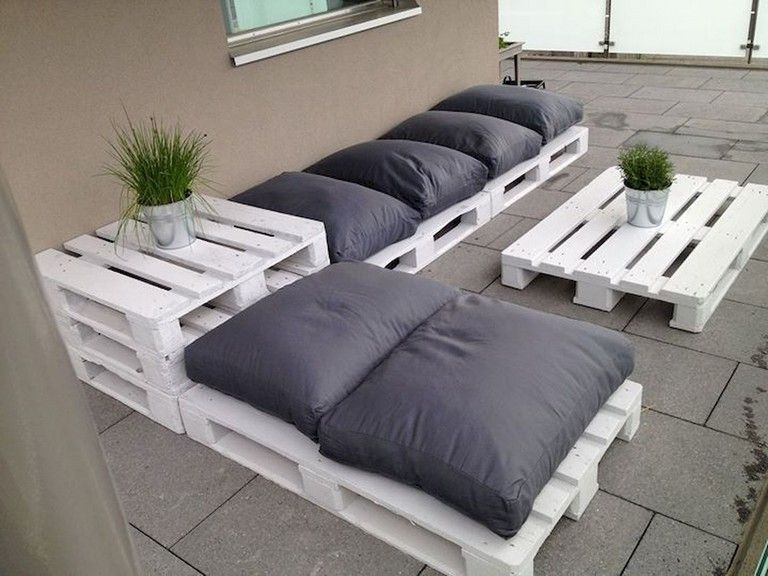Diy Budget Loungebank : 85 best diy furniture ideas made out of pallets on a budget