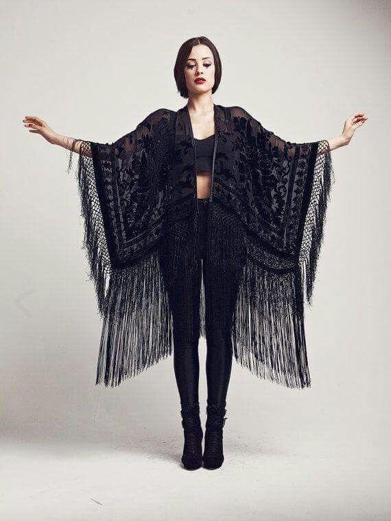 """Kimono"" ~~Rosario Contreras~~"