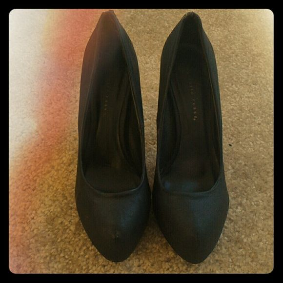 Sexy black pumps Preloved heels looking for a new home! ?? Charlotte Russe Shoes Heels