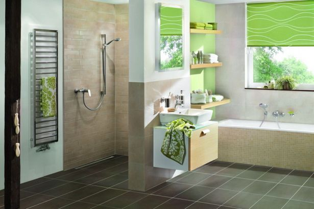 Quellbild Anzeigen Kleines Badezimmer Umgestalten Badezimmer Klein Kleines Bad Renovierungen
