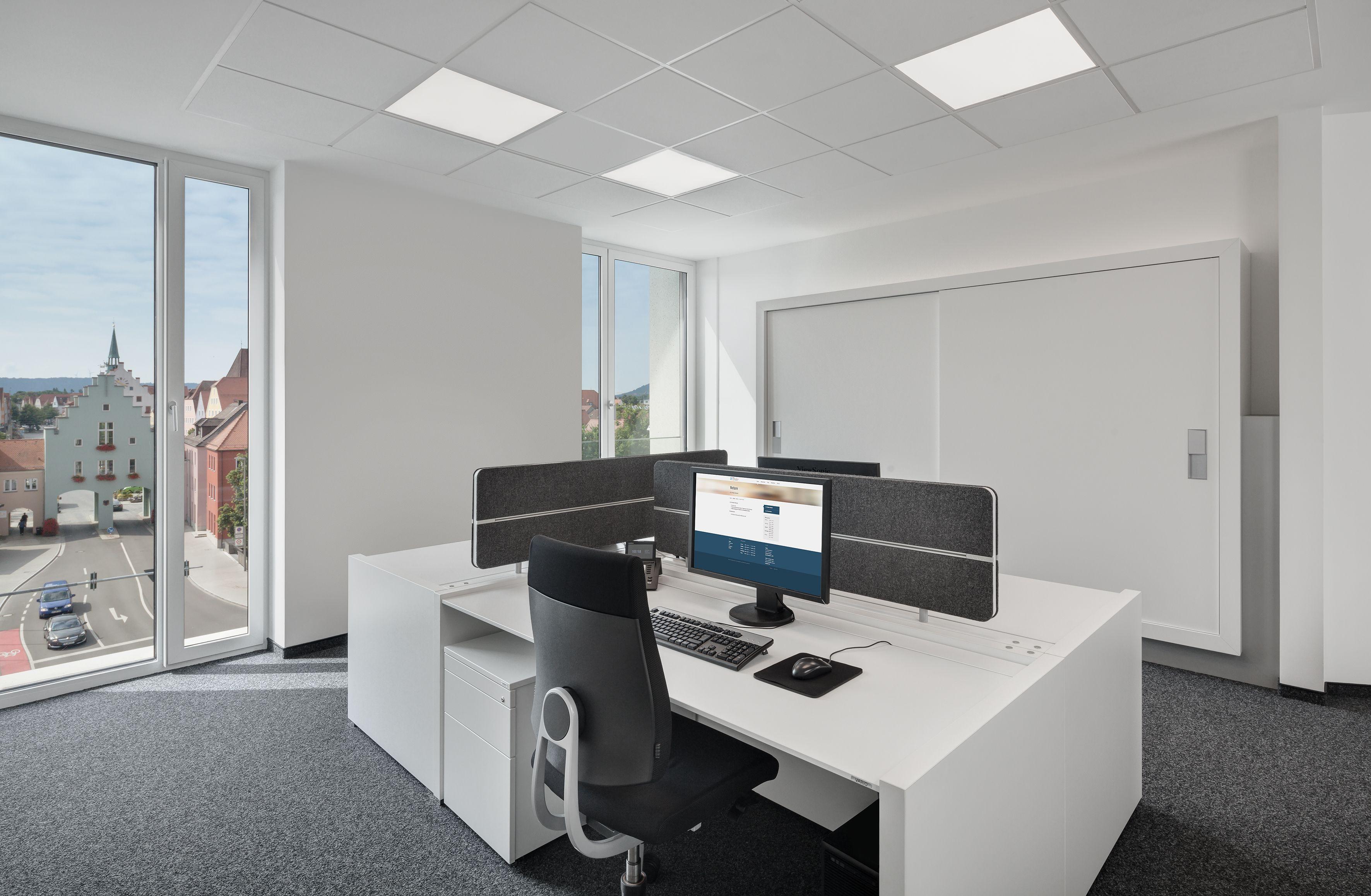 Ergonomischer bürostuhl weiß  ergonomischer Bürostuhl, Schreibtisch, Stauraum, Schrankwand, weiß ...