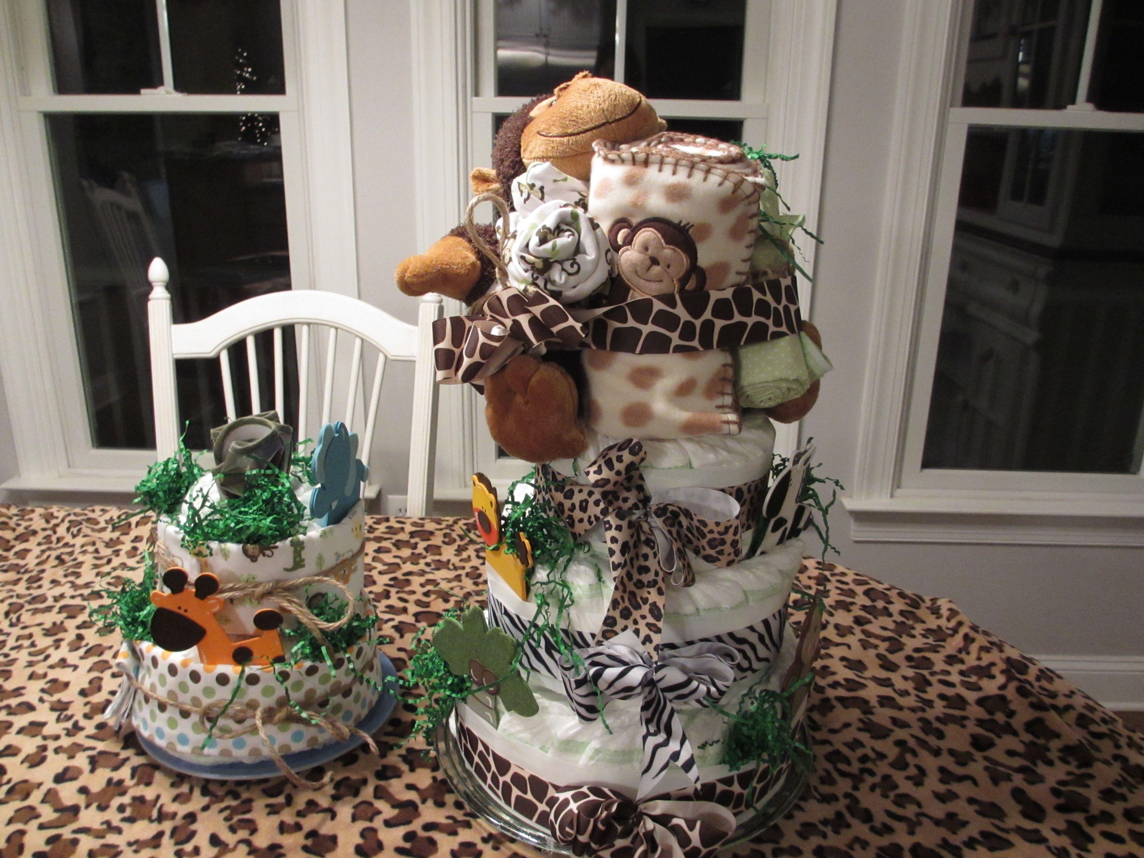 JUNGLE ANIMAL DIAPER CAKE