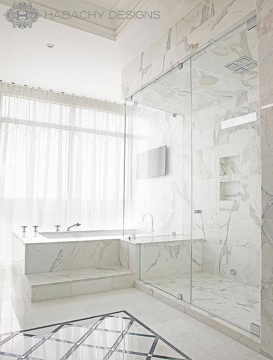 Fantastic Mater Bathroom Features One Marble Step Up To A Marble