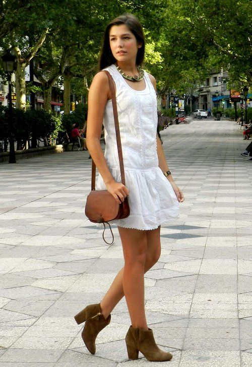 How to combine ankle boots + dress ,