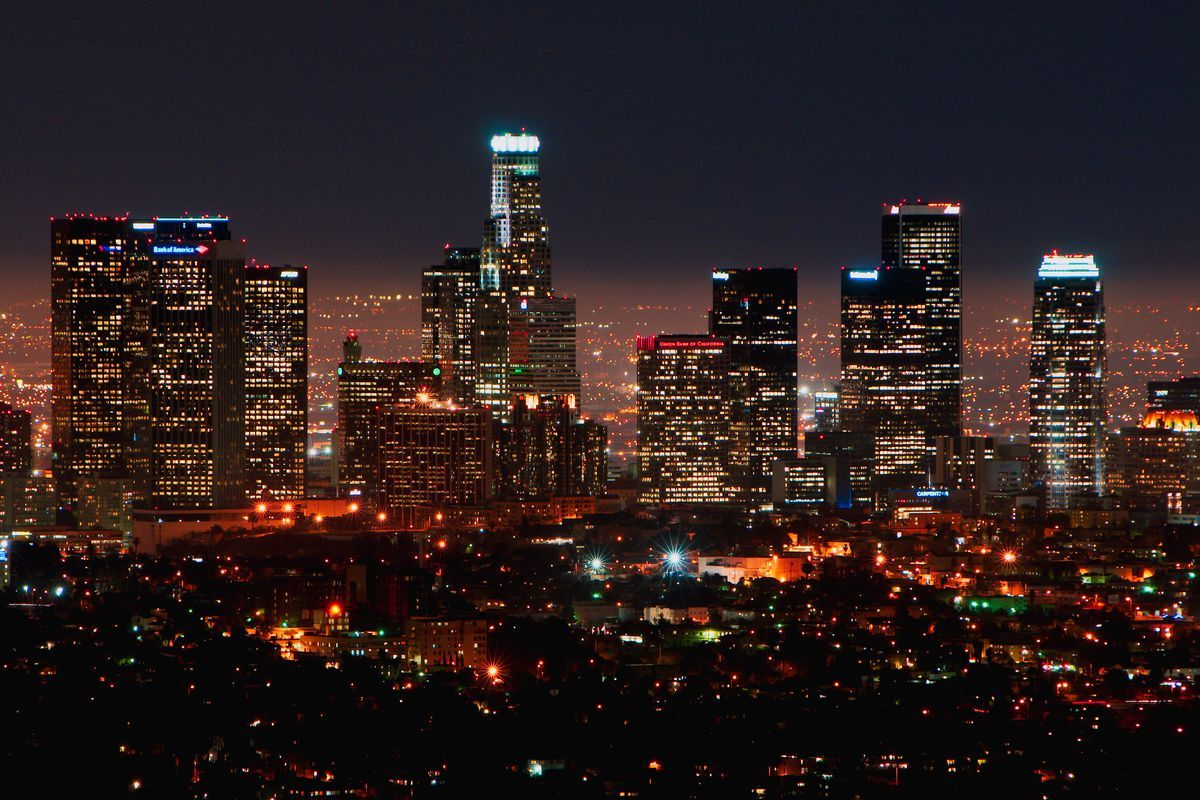 Awe Inspiring Video Captures La S Skyline In Ultra High Definition Los Angeles Skyline Los Angeles Tourism Skyline