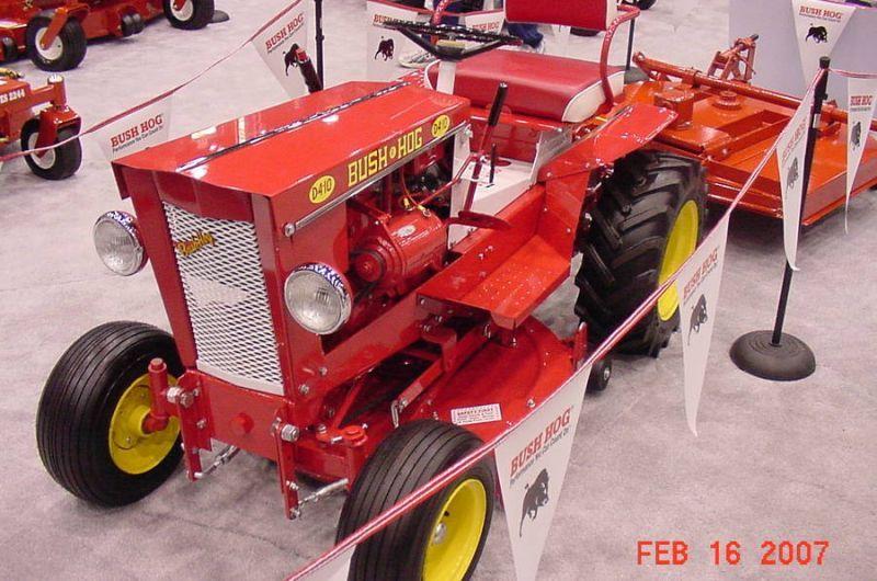 Bush Hog D4 10 At The Louisville Farm Show See At Gttalk Com Small Garden Tractor Tractors Garden Tractor
