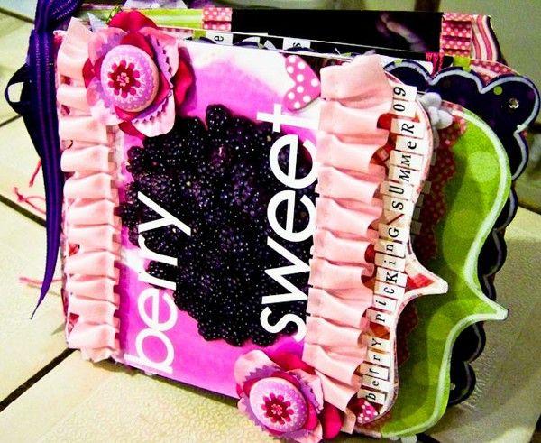 berry sweet mini book