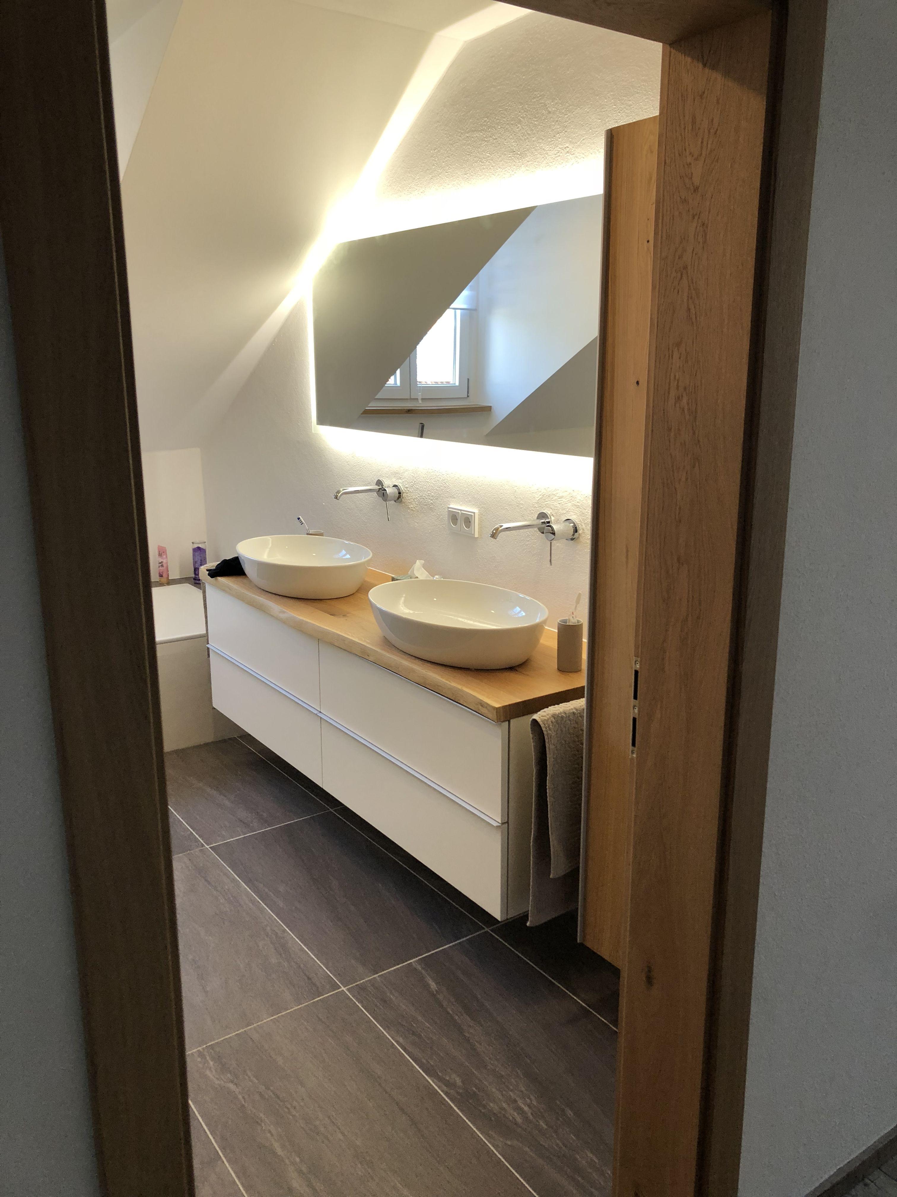 Bad Holz Waschbecken Badgestaltung Spiegel Licht Fliesen Badideen Badezimmer Dekor Diy Bader Ideen Badgestaltung