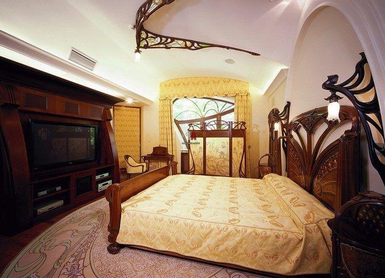 Schlafzimmermöbel im Art Nuveau Stil mit Ornamenten sonstige