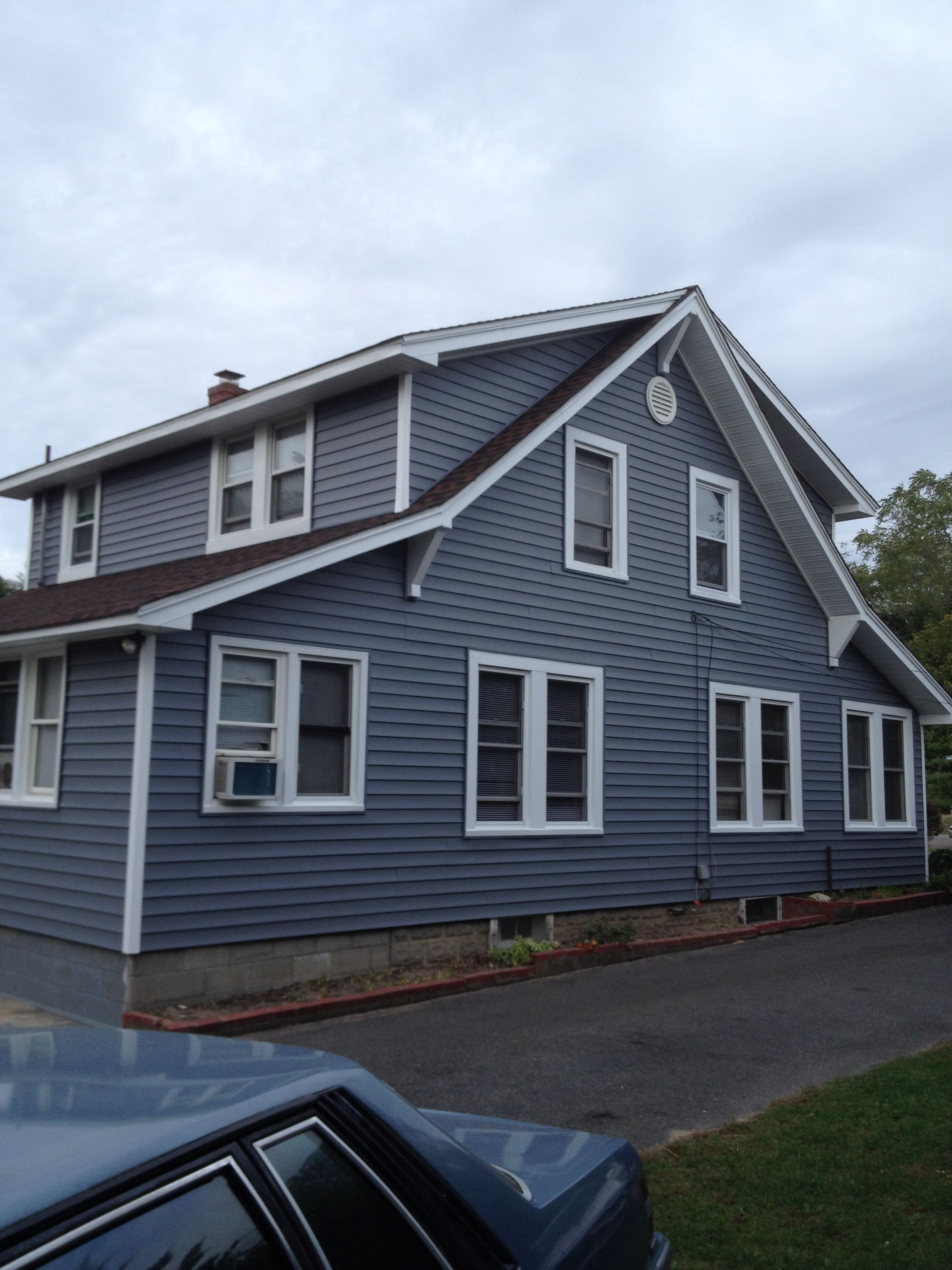 Certainteed Flagstone Color Siding With Custom Capped Windows By Ponceperfections Com Flagstone Vinyl Siding House Exterior Certainteed Vinyl Siding