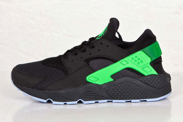 nike huarache green and black