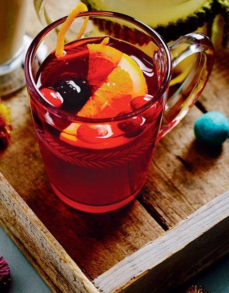 Hot Berry 25ml Gordon S London Dry Gin 100ml Hot Cranberry Juice 50ml Raspberry Fruit Tea 1 Drizzle Of Ho Raspberry Fruit London Dry Gin Warm Drinks Recipes