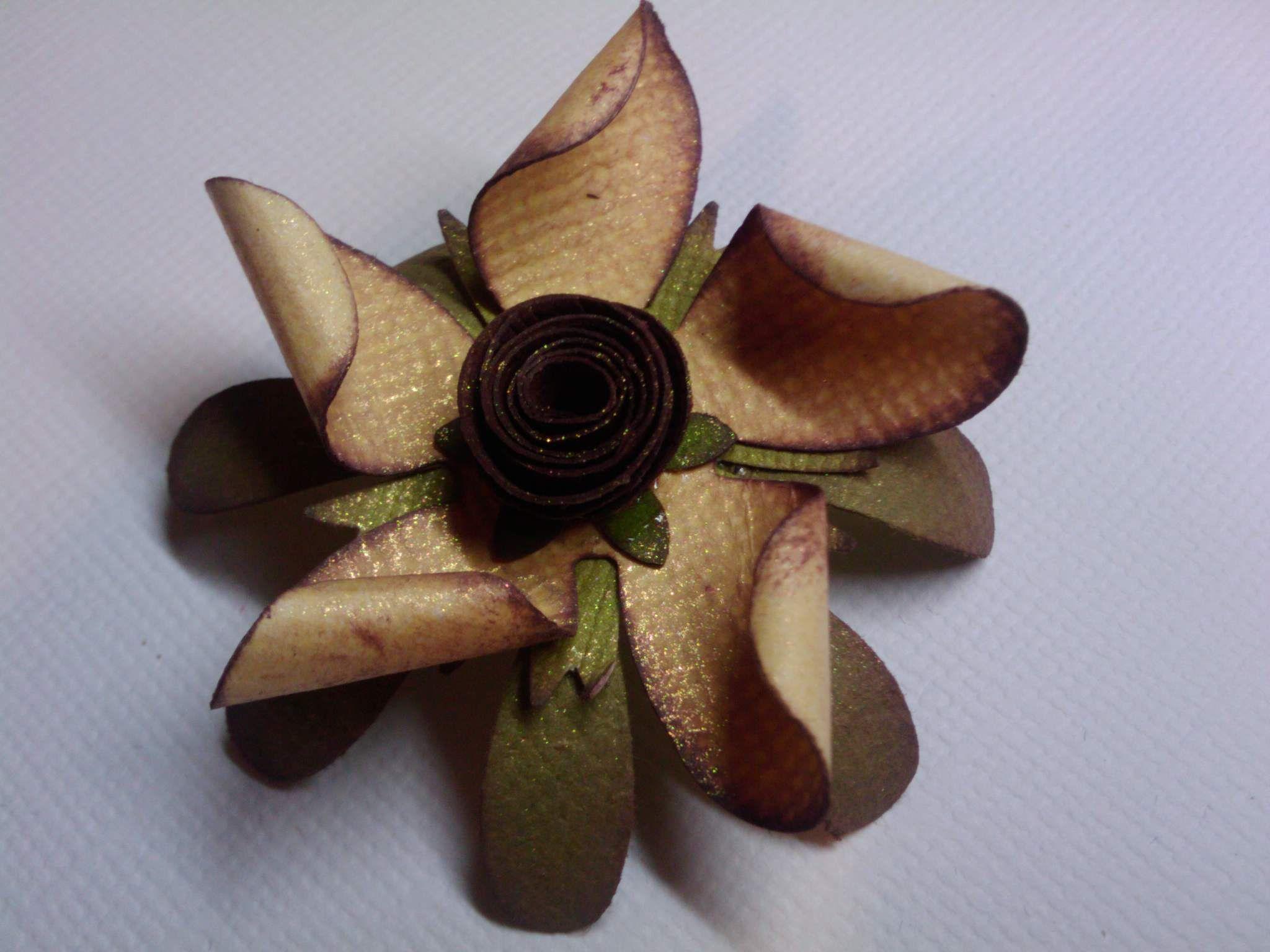 Photo (15) flor de papel by Denise Scraps