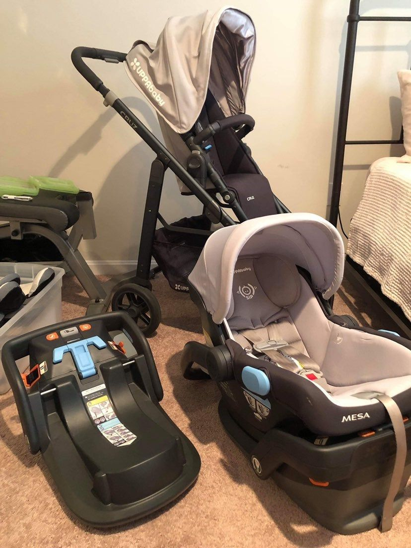 Mint condition uppababy cruz with mesa infant self