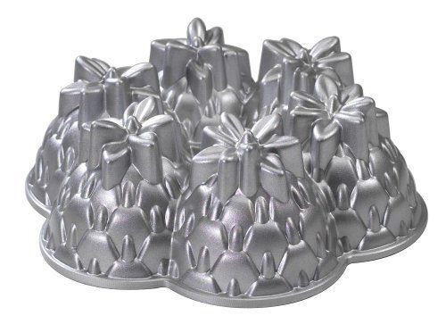 Nordic Ware Platinum Bakeware Aloha Bundt by Nordic Ware,
