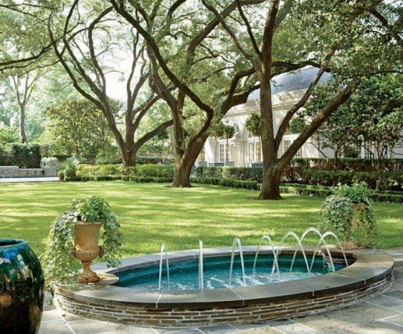 Mario Buatta Designs A 1930s John Staub House In Houston Garden