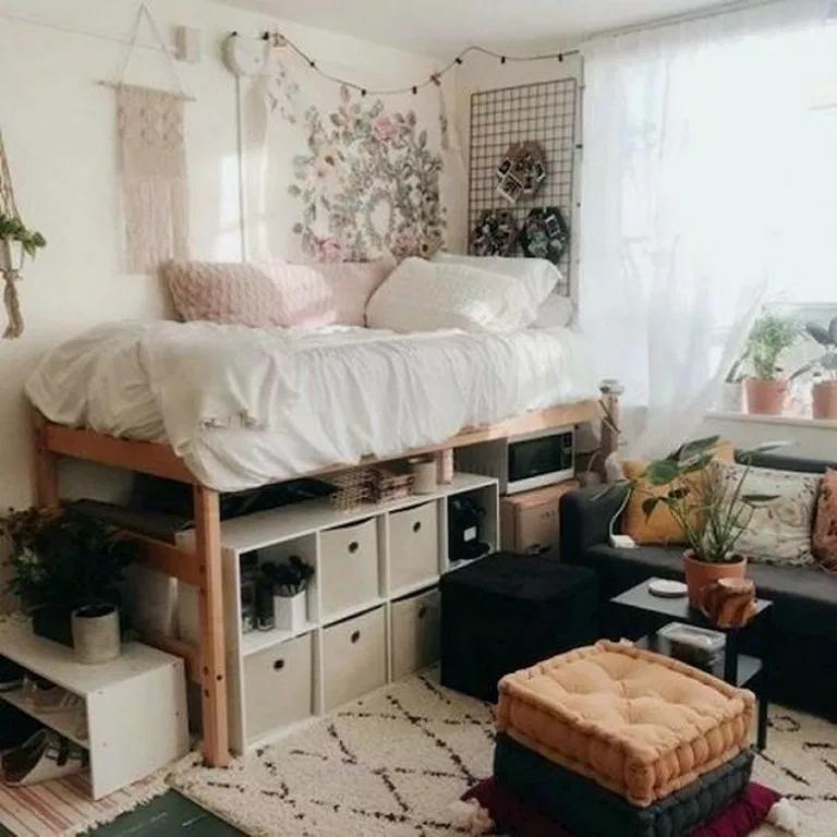 26 College Dorm Room Ideas To Channel Your Inner Minimalist Collegedormroom Dormroomdecor Dor College Bedroom Decor Dorm Room Designs Dorm Room Inspiration