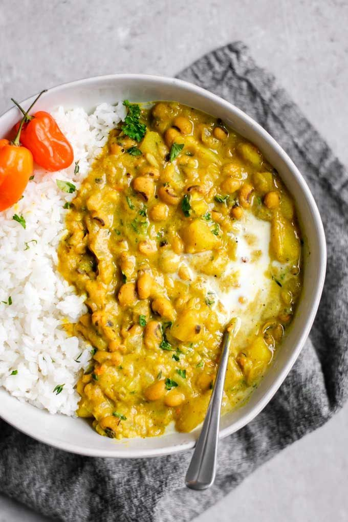 Jamaican Black-eyed Pea Curry