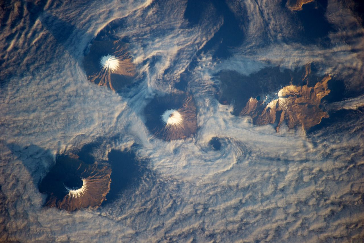 Islands of the Four Mountains, Aleutian Islands, Alaska [1440x960]