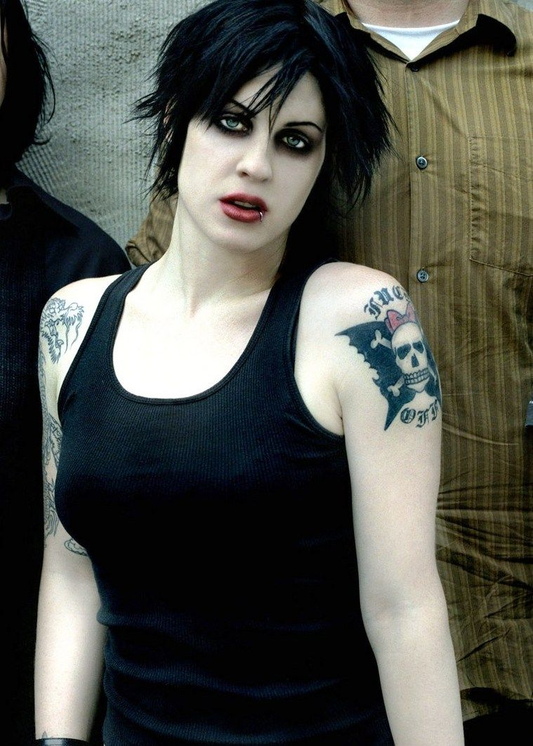 Brody Dalle Nude Photos 91
