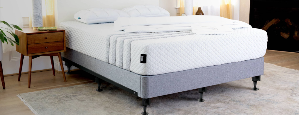 What S The Difference Between A Box Spring And Foundation Box Spring Bed King Beds King Size Bed Headboard