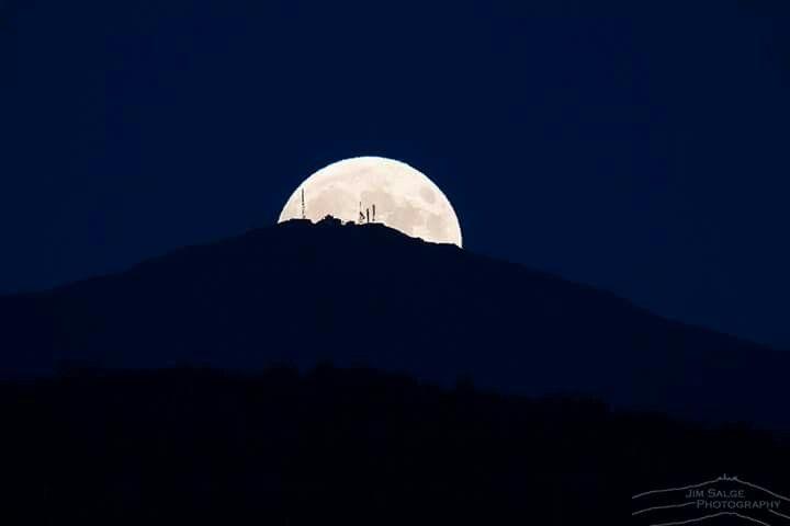 Moonrise on my Washington from Bethlehem