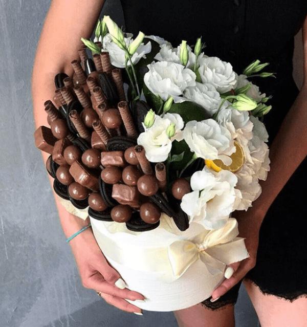 картинки с цветами и шоколадками день, важаемый